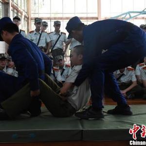 """开学季:重庆大学开展""""防患未燃""""消防教育活动"""