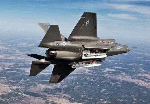 美威胁土取消买俄S-400,否则不给F-35,如今被逼买苏-57