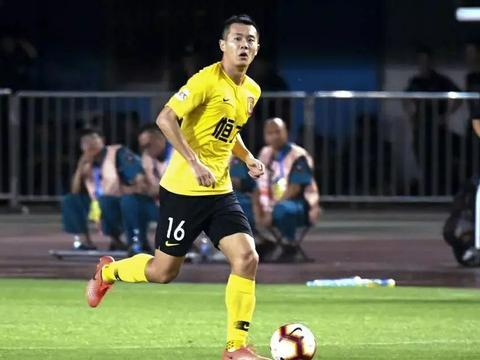 诈伤?黄博文因伤退出国家队,1周后又在联赛中代表恒大首发出战