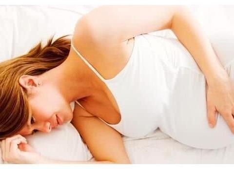 """怀孕后睡觉也要小心,这3种""""睡姿""""尽早放弃,宝宝可能会缺氧!"""