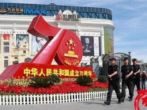 """天涯共此时 哈尔滨公安民警""""不一样""""的中秋""""警""""色"""