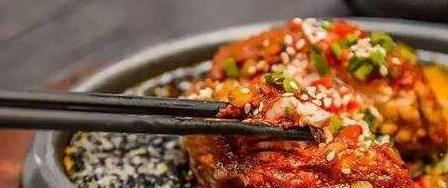 脑花是吃火锅人的必点菜品,为啥它让川渝人民迷恋不已?