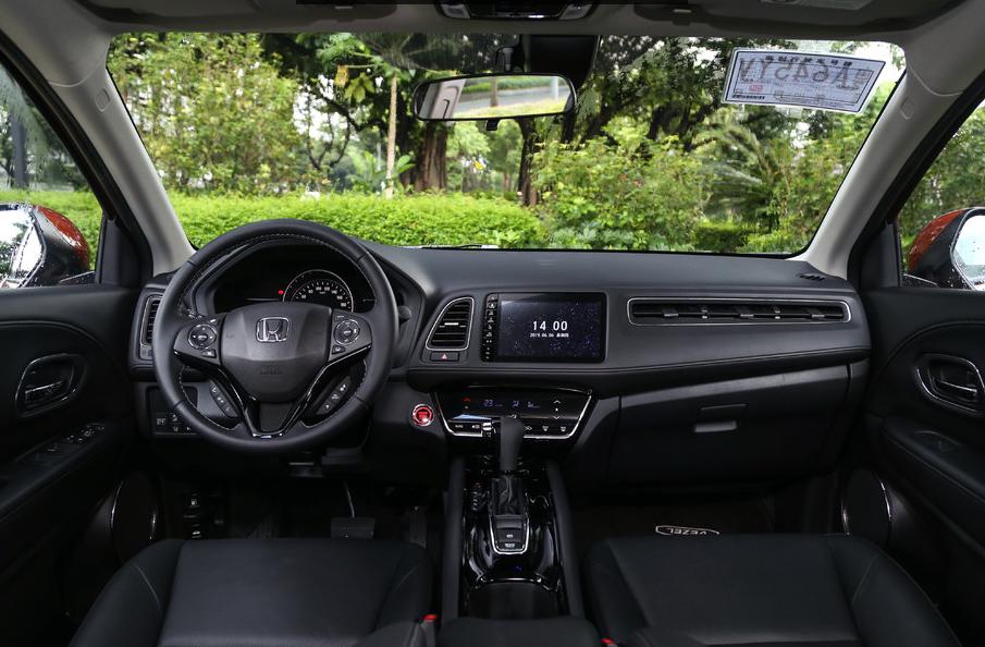 """皆是紧凑型SUV市场的""""霸主"""",到底该怎么选?"""