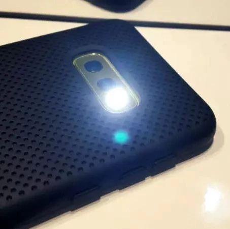 绝大部分 Android 手电筒应用需要大量权限   每日安全资讯