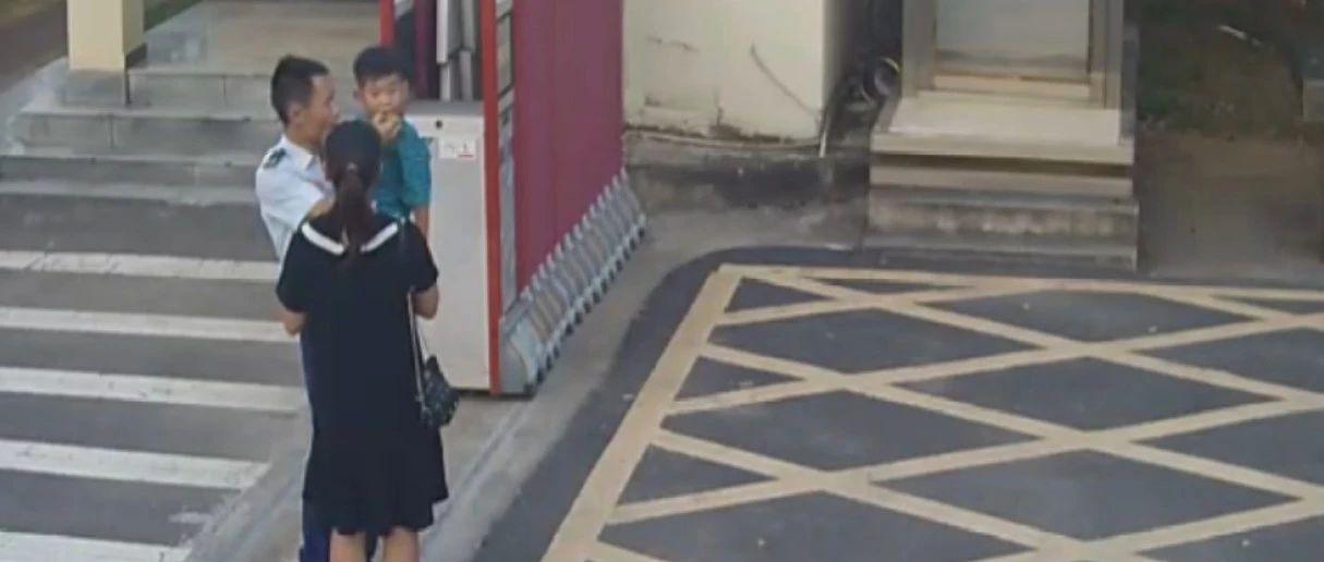 中秋节老婆孩子来九江消防队送月饼 监控拍下的这一幕