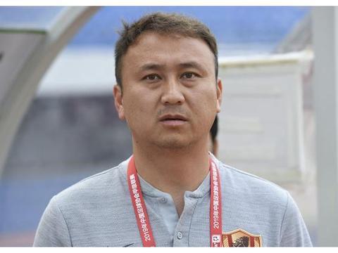 贵州恒丰冲超在望,佩德雷斯库成逃兵郝海涛养病,比李铁年轻教练