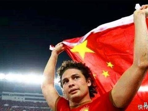 埃尔克森踢完世界杯后改回巴西籍?中国护照含金量大于巴西护照?