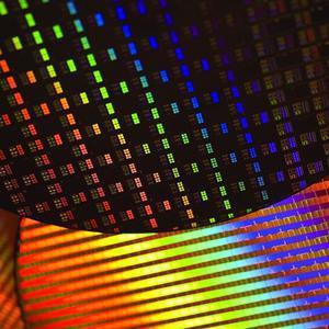 Intel 32nm工艺量产10周年:晶体管密度10倍提升