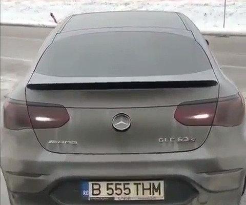 视频:汽车视频:GLC 63s AMG的雪地狂欢时刻
