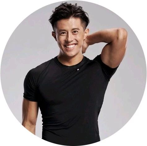 他是王力宏、Selina的健身私教,Nike签约教练,帮助上万人精准瘦身,不节食不反弹,让你瘦得自然,美得高级