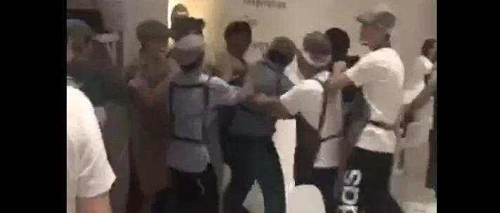 网红奶茶店员群殴外卖小哥(视频),奶茶店回应来了……