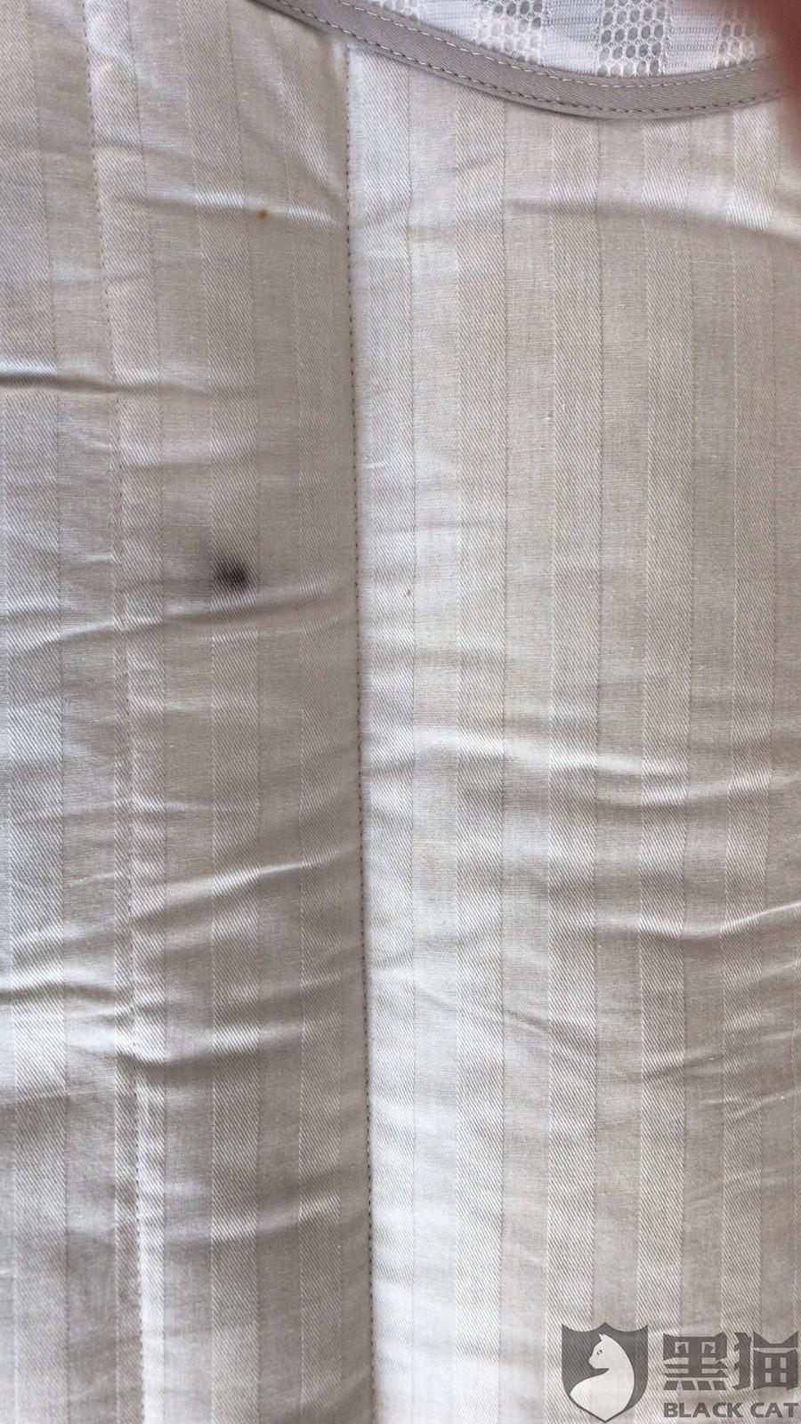 黑猫投诉:唯品会购买的枕头里面都是虫子的尸体