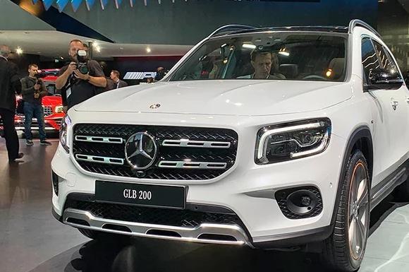 奔驰最方正的SUV—GLB200亮相,真正的量产原型