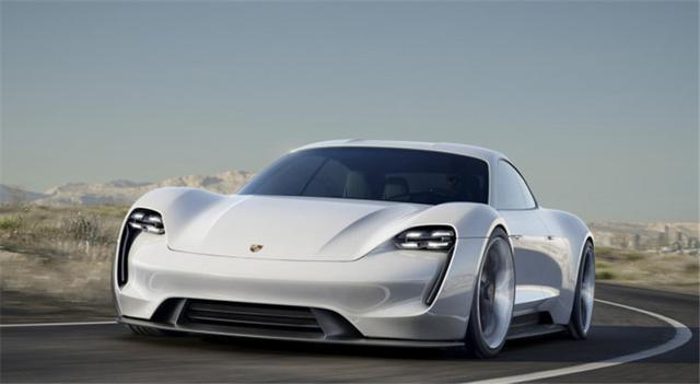 保时捷超跑Taycan,看看性能车厂的纯电是什么样子?
