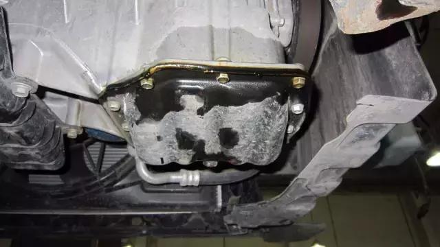 """发动机为什么漏油?原来是""""它""""惹的祸!"""
