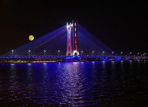 唯美呈现!再见潮州大桥这幕美景,要等明年中秋才有!