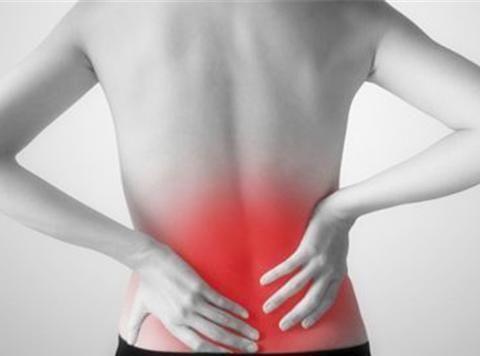 如何判断是腰肌劳损或者还是腰间盘的突出?今天