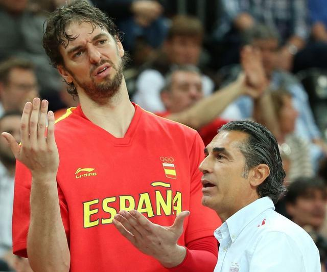 携手小加夺双冠!西班牙10年4冠第一功臣太猛,李楠哈登都学他
