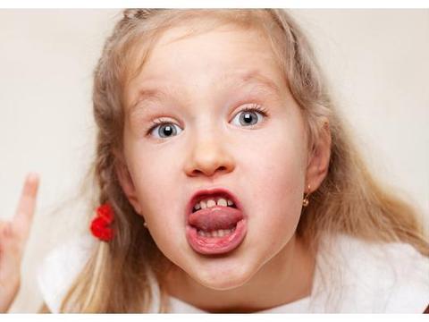 """3岁孩子""""脏话""""频出怎么办?别担心,孩子的""""诅咒敏感期""""到了"""