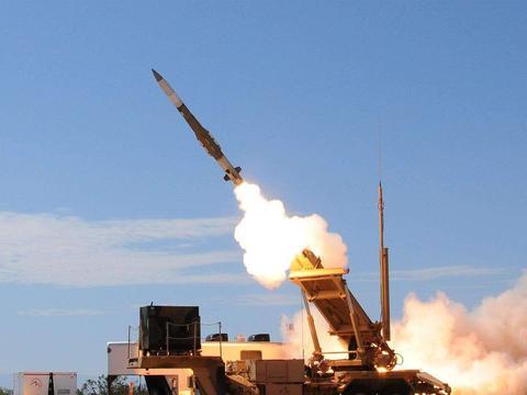 1.全球最强核威慑上线,俄方迫不及待,美方高空反导系统紧急撤