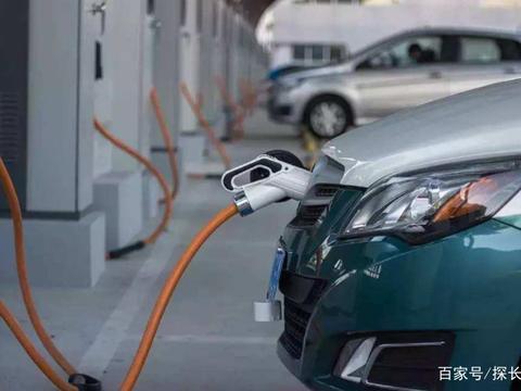 新能源汽车怎么补充能源?未来是充电站还是换电站更好?了解一下