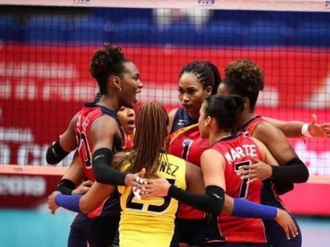 女排世界杯:喀麦隆女排太猛了,今天又险些将美洲冠军掀翻!