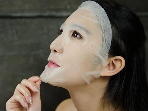 女人不管多少岁,请少在这2个时间段敷面膜,浪费不说还易伤脸!