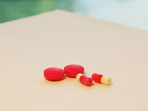 科学家发现 抗生素或可治疗痴呆但仅限雄性
