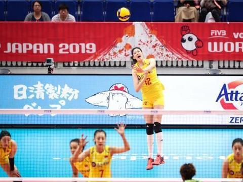 界杯,中国女排血洗喀麦隆,李盈莹打出逆天数据,真是太猛了