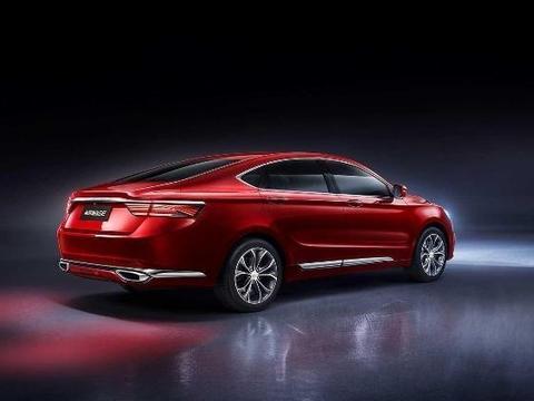 最热销的国产B级车,13万的售价20万的品质,热度比迈腾还高