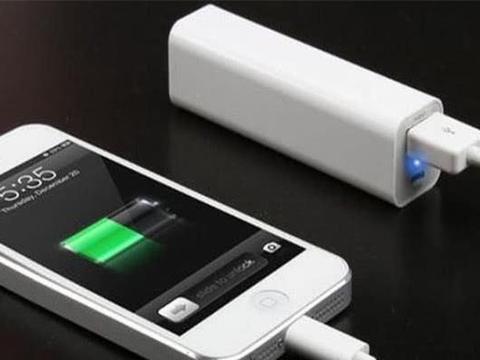 智能手机充电时,这4点不要做,会损坏手机寿命的