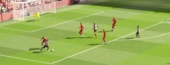 利物浦3-1纽卡五连胜领跑,马内双响菲米造两球