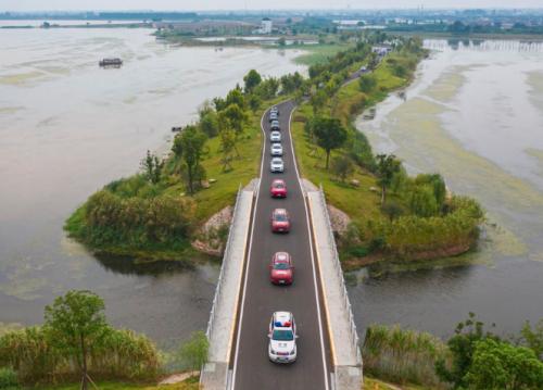 """2020款VV6搭上了""""新高湖""""号?WEY带你来游三峡大坝!"""
