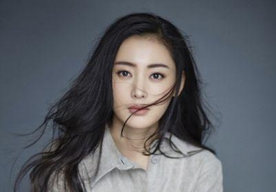 29岁张天爱再引热议,与知名男星公开秀恩爱,疑似新恋情曝光