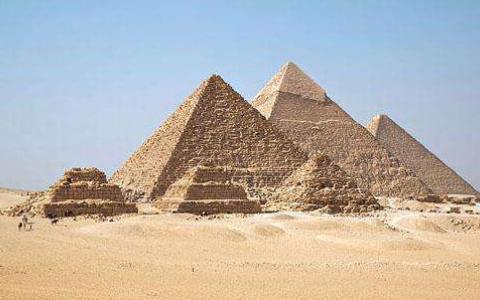 金字塔内出现神秘图纸,记载的文字不属于地球,它的设计者是个谜