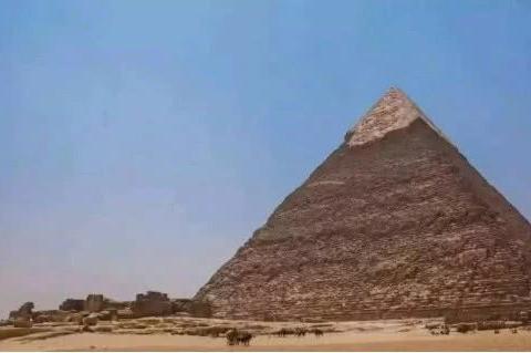 考古队在金字塔发现神秘数字组,种种巧合背后暗示着他们的存在?