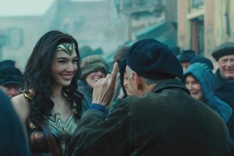 神奇女侠3将讲现代故事,怕盖尔加朵老了,网友心急喊话快点拍