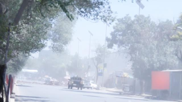 美国驻阿富汗大使馆附近发生自杀式爆炸!现场视频来了