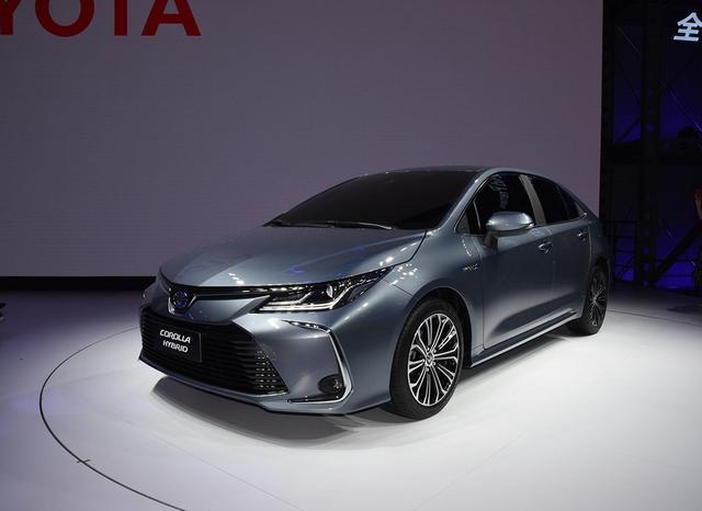 丰田慌了,卡罗拉销量跌出前20名,全新卡罗拉能否再造辉煌?