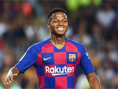 他比梅西更早出道!16岁巴萨超新星征战西甲3场2球 引豪门哄抢