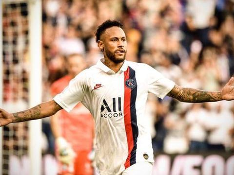 内马尔精彩倒钩射门,助巴黎圣日耳曼1:0战胜斯特拉斯堡