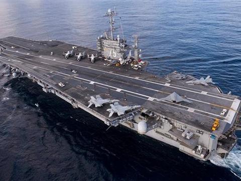 美国又派出一艘核动力航母支援中东,舰长身份令伊朗颜面扫地