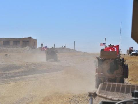 土耳其与美军展开联合巡逻,安卡拉表示力度不够,欲打库尔德