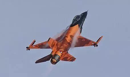 台湾购买的F16V战斗机性能到底如何?