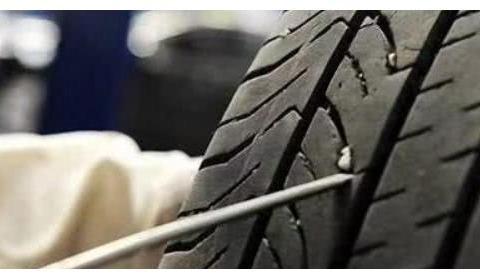 """汽车轮胎老爱带""""货""""上路,怎么""""卸货""""才安全"""