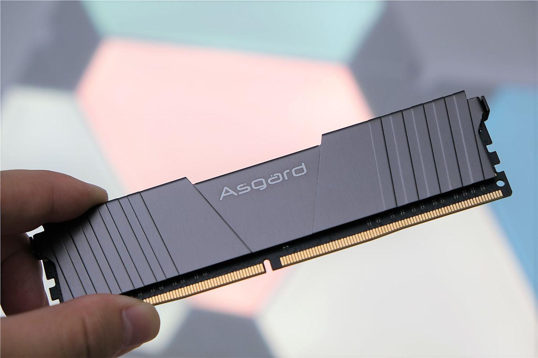 超频潜力惊人:阿斯加特 T2 32G DDR4 2666
