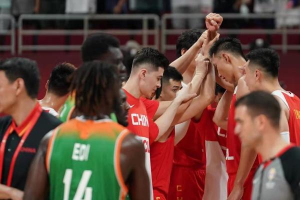 一胜苦等3289天!中国男篮逆转科特迪瓦迎来世界杯开门红