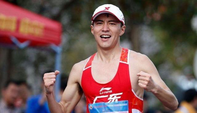 27岁奥运冠军喜得龙凤胎,爱妻产后首度晒照