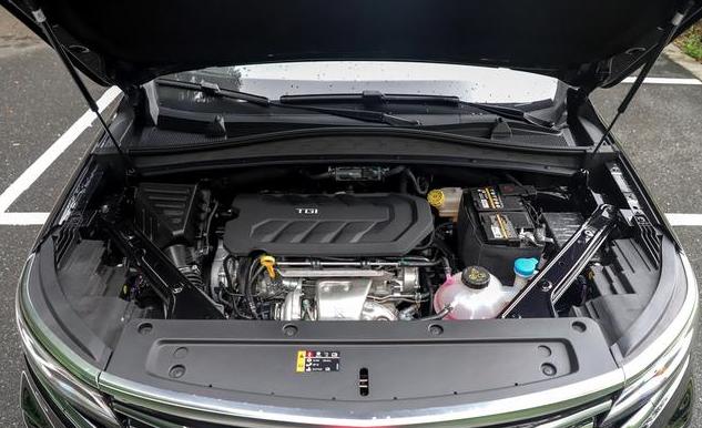 同属上汽集团,荣威RX5 MAX比上汽MAXUS D60差多少?