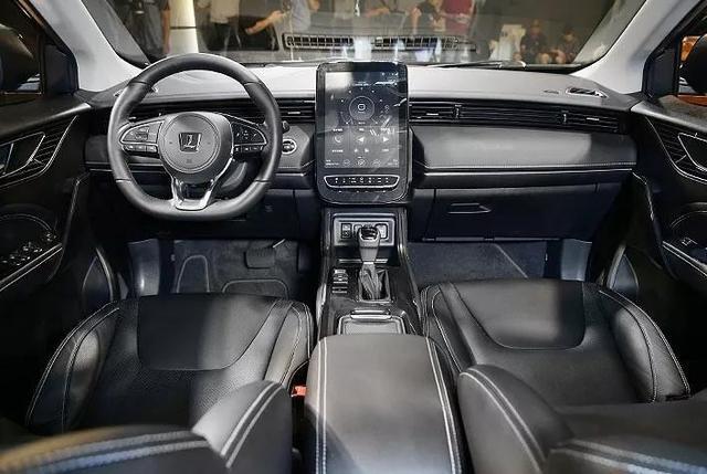 纳智捷新车亮相,买了还是加油站VIP?